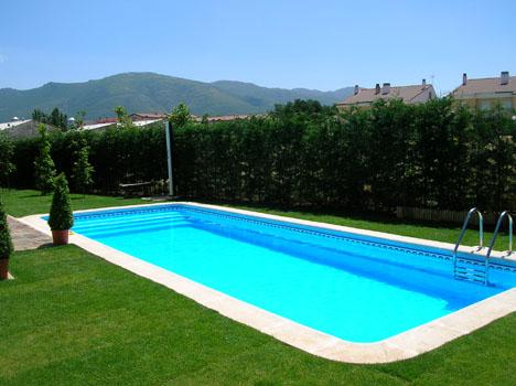 Construccion de piscinas aranda del duero valadolid y for Piscinas soria